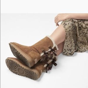 UGG Shoes - EUC UGG Australia Bailey Bow Boots!